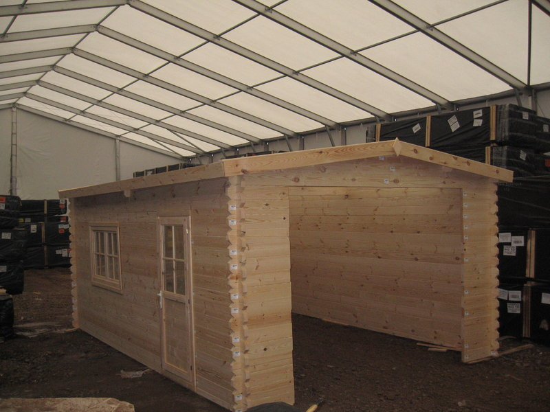 Single garage gable roof garden house wood shop for Gable roof garage