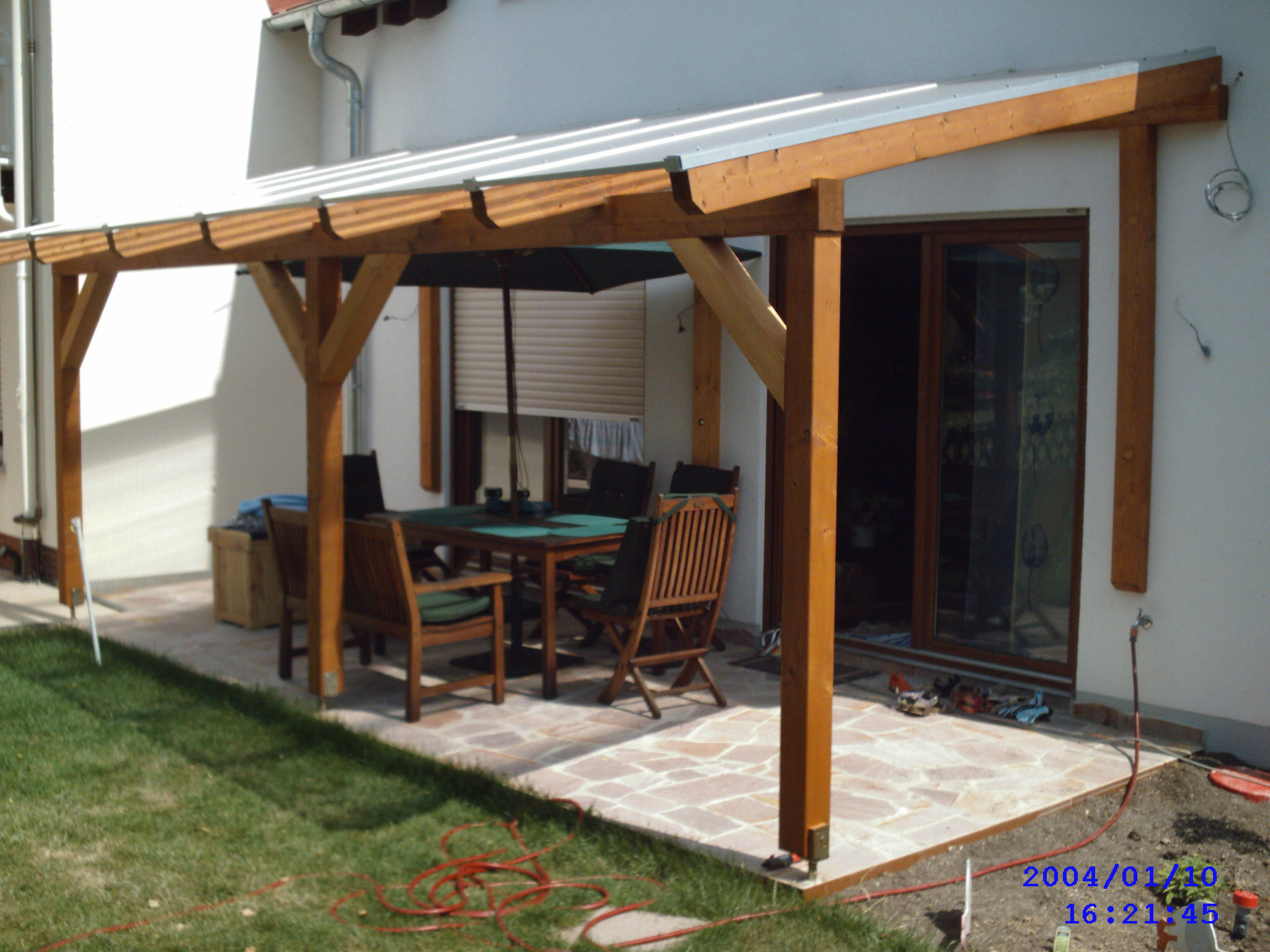 Glued Laminated Timber Decking Canopy 3 Garden House