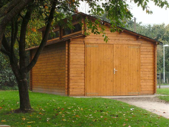 Moderne holzgarage  Modern wood garage with - wood door - Garden House wood Shop